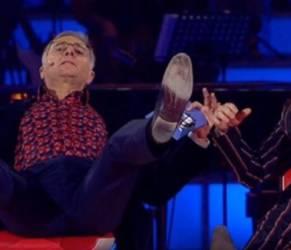 """Manuel Agnelli a Music: racconto imbarazzante: """"Una fan mi ha..."""""""