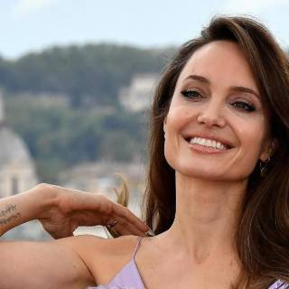Angelina Jolie is in Rome PHOTO