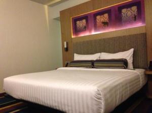 Aloft Bangkok - Sukhumvit 11 bed corner