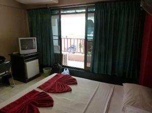 Boomerang Inn room with balcony