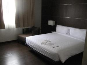 Grand Mercure Bangkok Asoke Residence bedroom