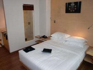 Hotel-Solo-Sukhumvit-2-bed