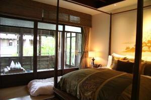 Le Meridien Koh Samui Resort & Spa bedroom