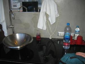 Lub d Bangkok - Silom washup corner in bathroom