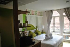 Salil Hotel Sukhumvit Soi 8 bedroom