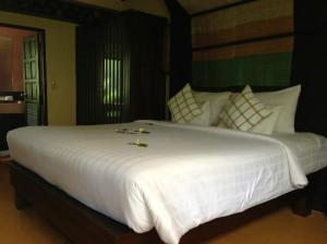 Samui Jasmine Resort bedroom