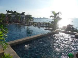 Summer Spring Hotel  pool