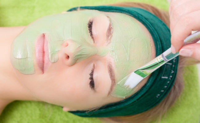 Aloe Vera Face Mask Perfect For Healing Your Facial Skin