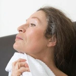 Symptoms And Prevention Of Menopausal Hot Flashes