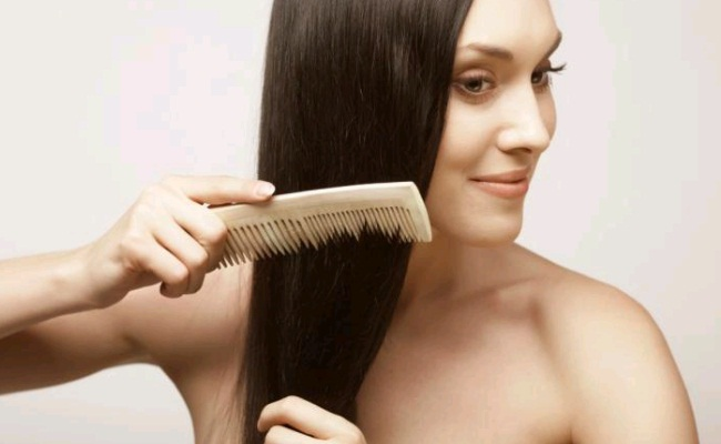 Use Personal Comb While Combing Hairs