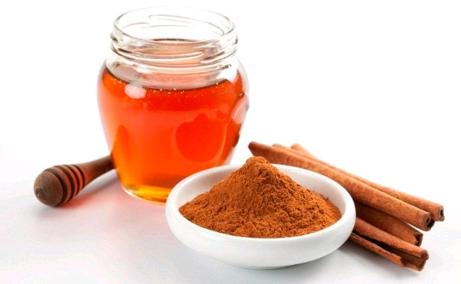 Cinnamon Powder And Honey