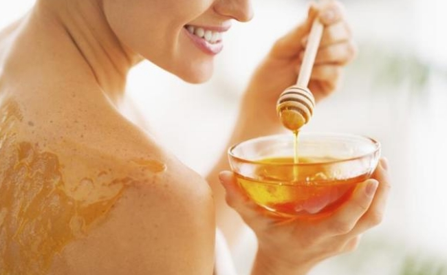Apply Honey On The Blisters Of Chickenpox