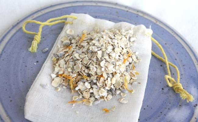 Oatmeal Bath Gives Relief In Genital Warts