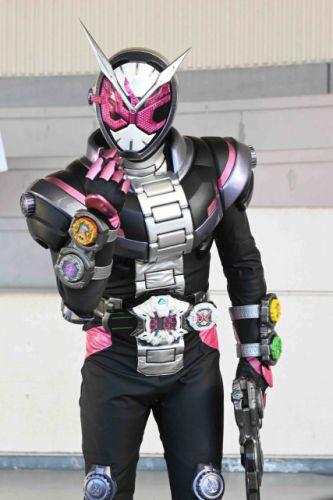 『仮面ライダージオウ』第22話「ジオウサイキョウー!2019」の場面カット新画像