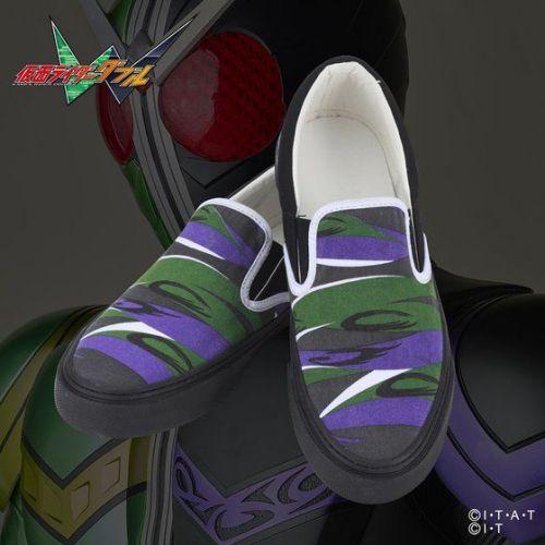 「平成仮面ライダー スリッポンスニーカー」