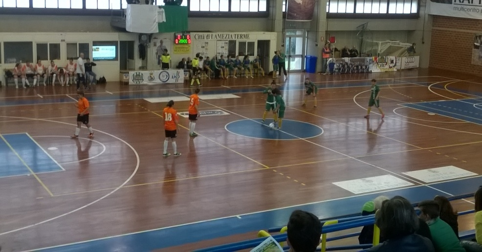 Royal Team Lamezia fuori dai playoff: Pmb passa in Calabria
