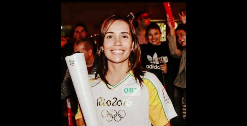 Rio 2016, Raquel Tolotti con la torcia olimpica