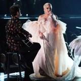 Lady+Gaga+60th+Annual+GRAMMY+Awards+Show+ZhVkjLmQ1TSx