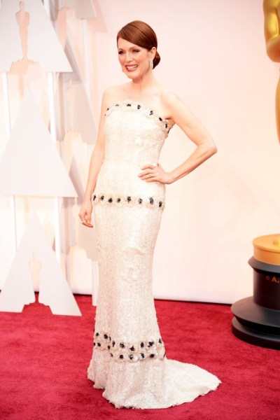 Julianne Moore Oscar Dress