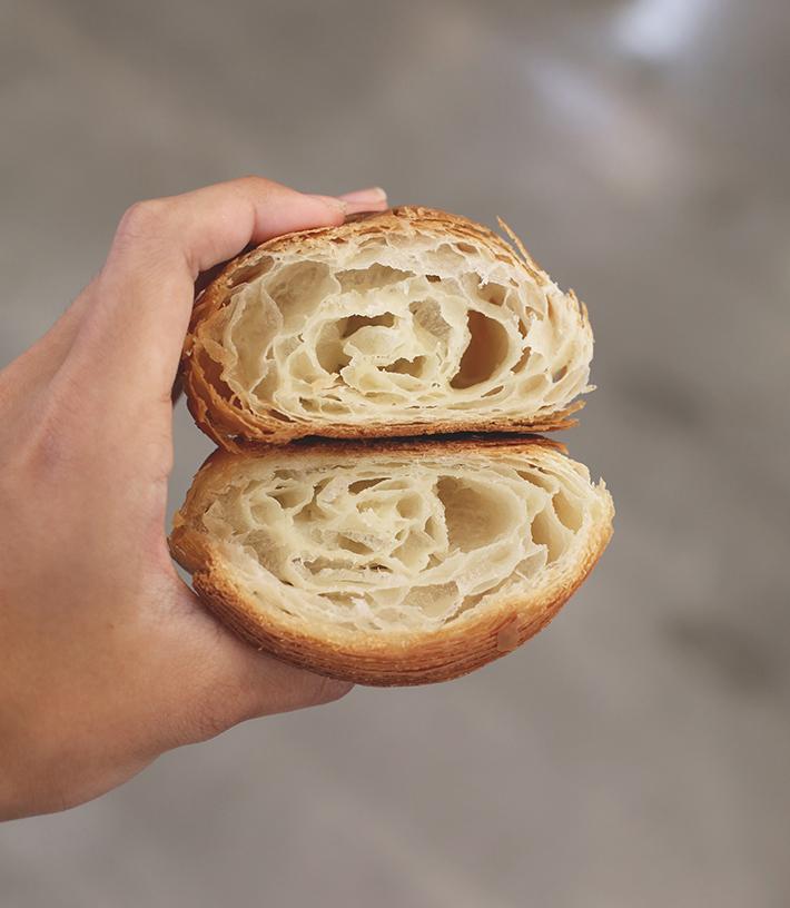 classic croissant petit pain