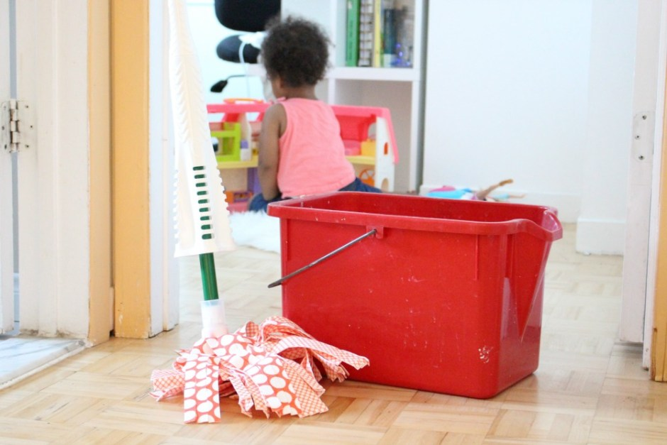 Time Saving Tips For Fall Cleaning When You Have Kids