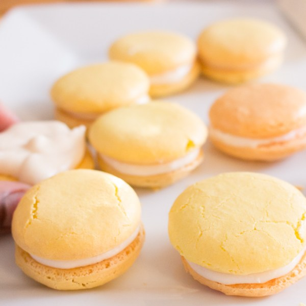 Simple Homemade Lemon Macarons Recipe