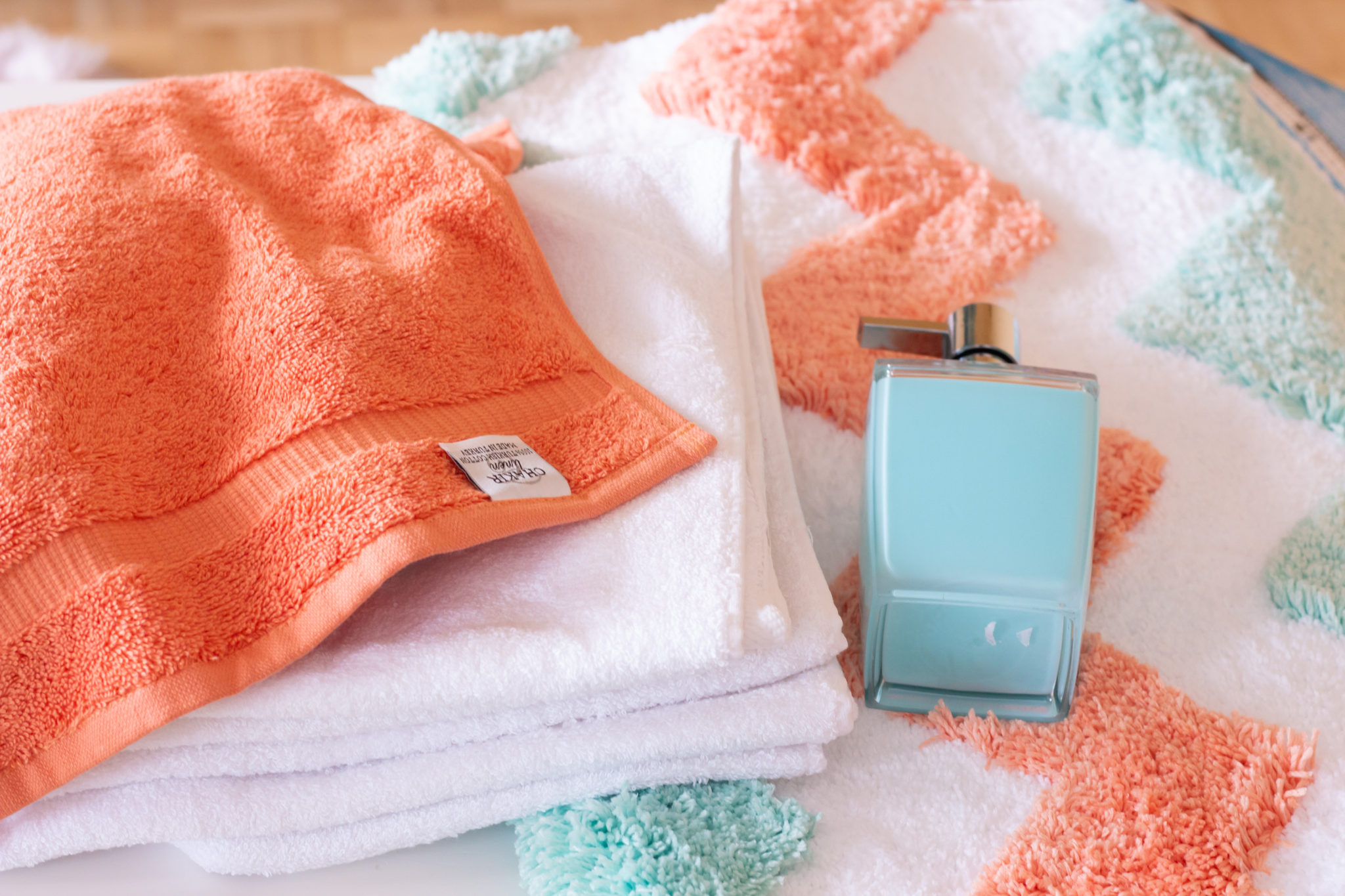 5 Simple and Inexpensive Ways to Make your Bathroom Look Better