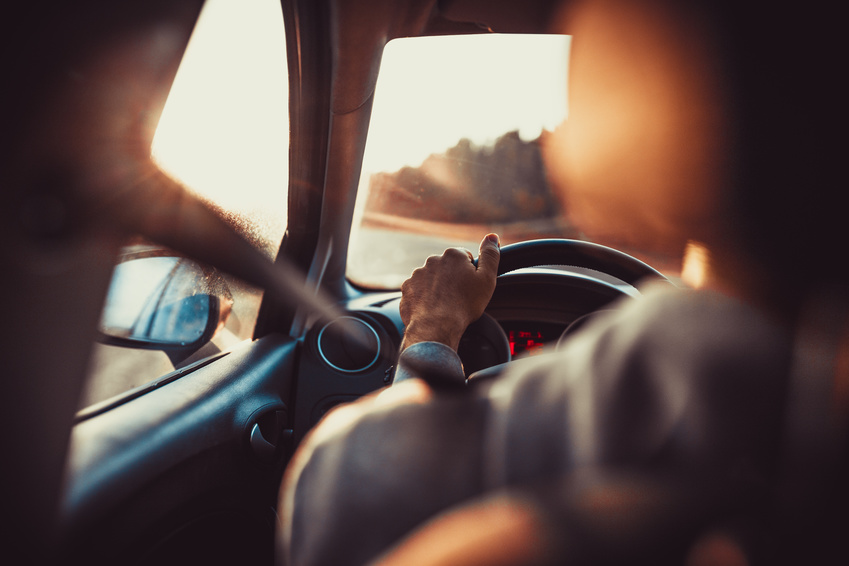 Going on a Family Road Trip This Summer? 3 Tips to Help You Relax and Enjoy the Drive