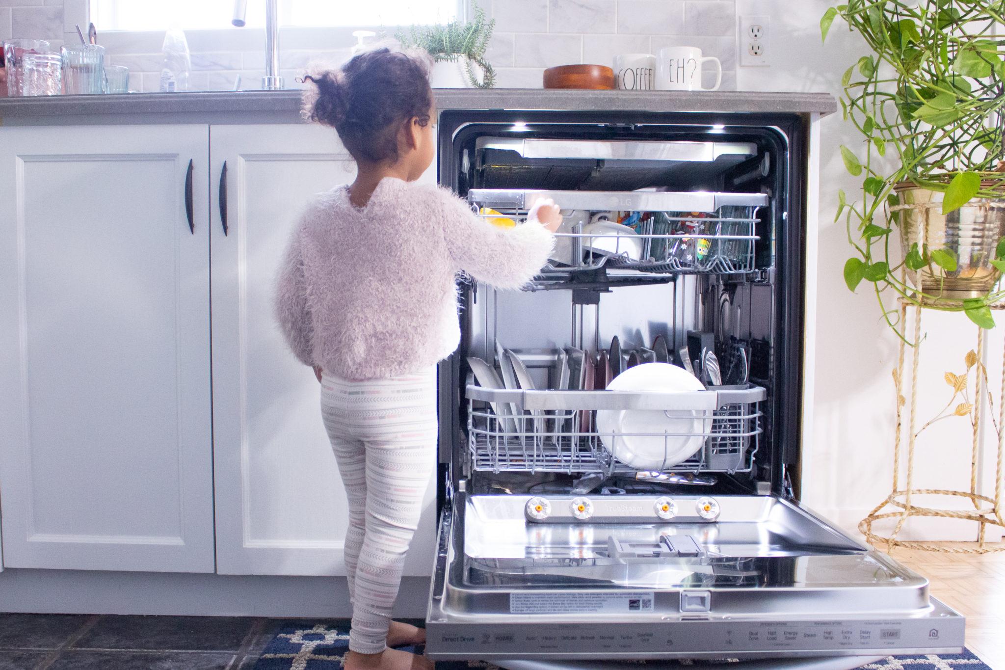 Easy Toddler Chores | LG QuadWash Steam Dishwasher Review