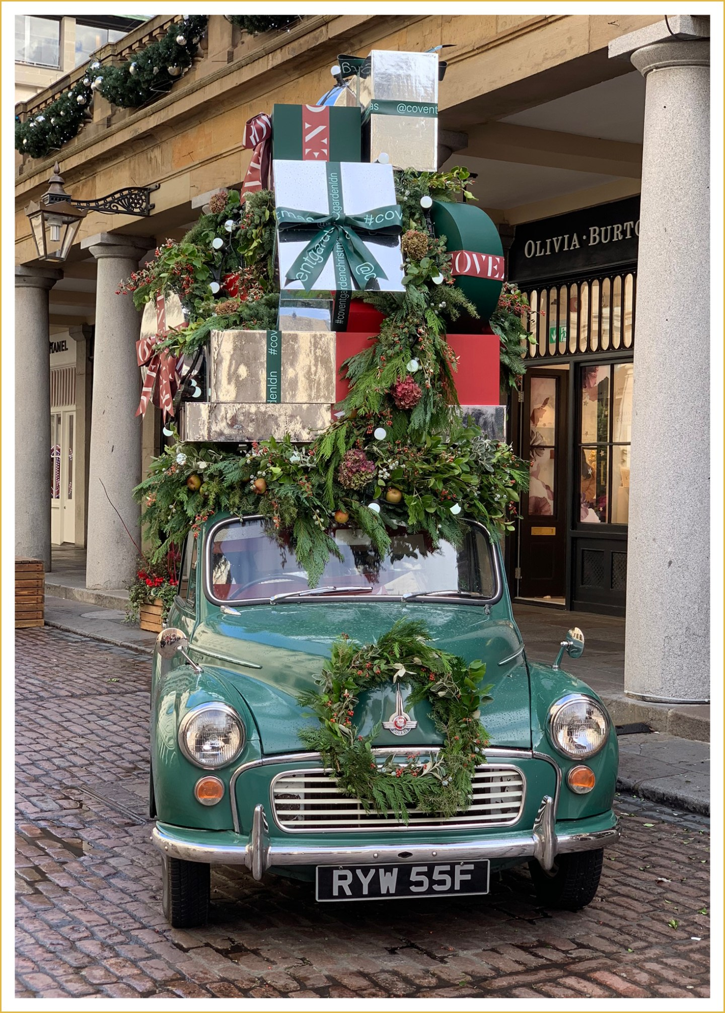 London-Christmas-Covent-Garden-LadyofStyle