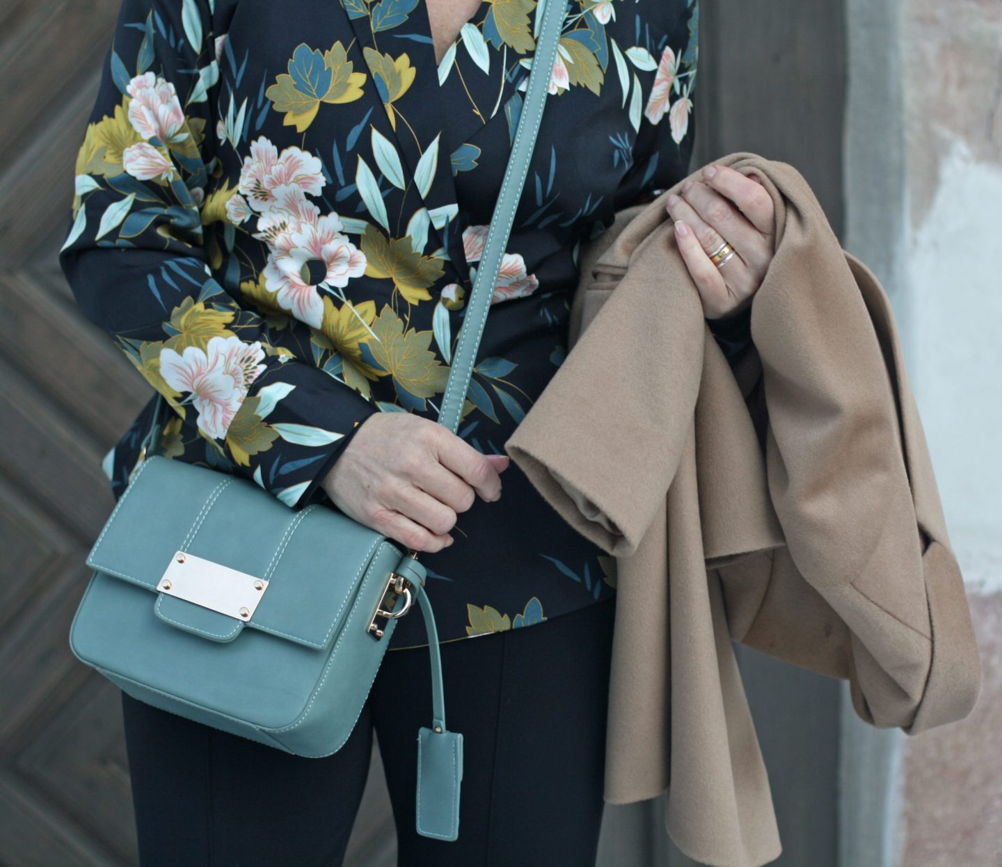 Businesslook Businessmode Blazermantel Blumenmuster Winter 50plus Blogger LadyofStyle