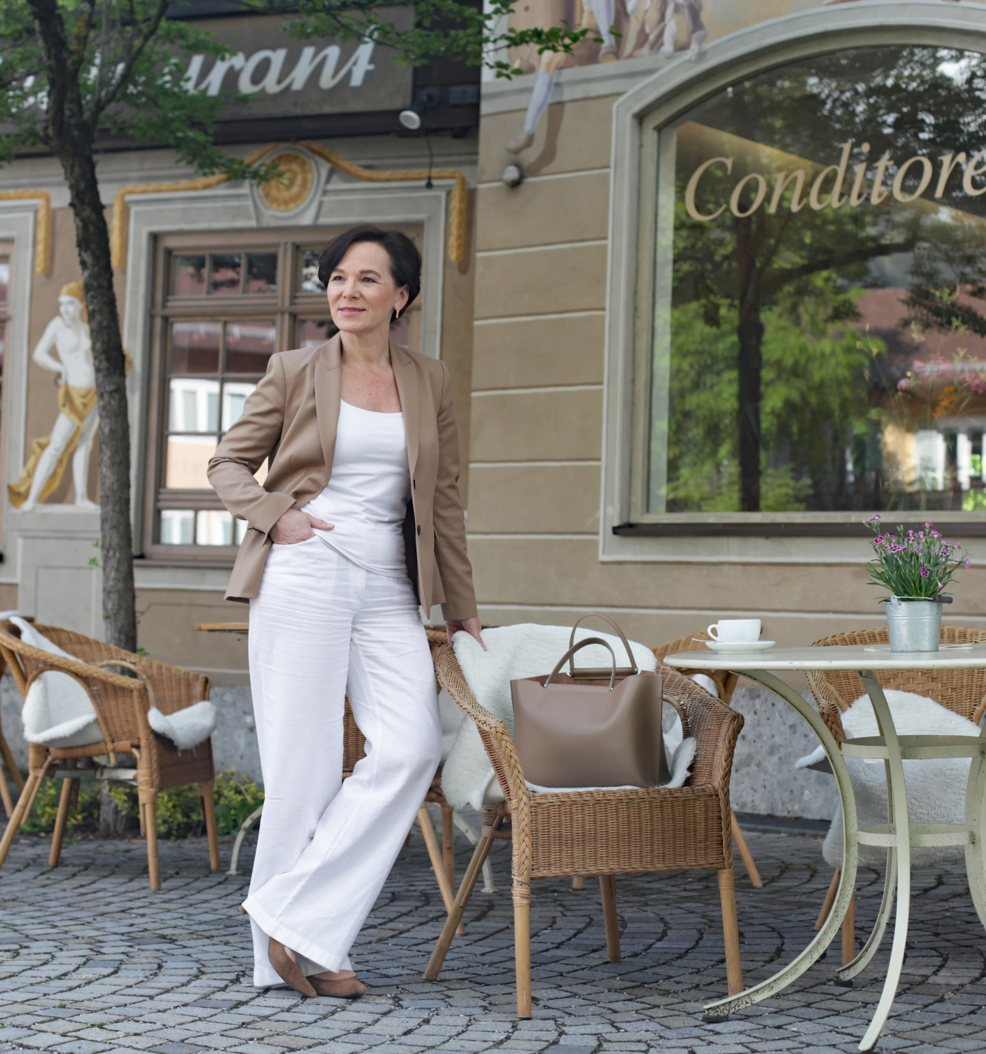 Purismus Cleanstyle Cleanchic Sommerlook Businesslook Beige 50plus LadyofStyle