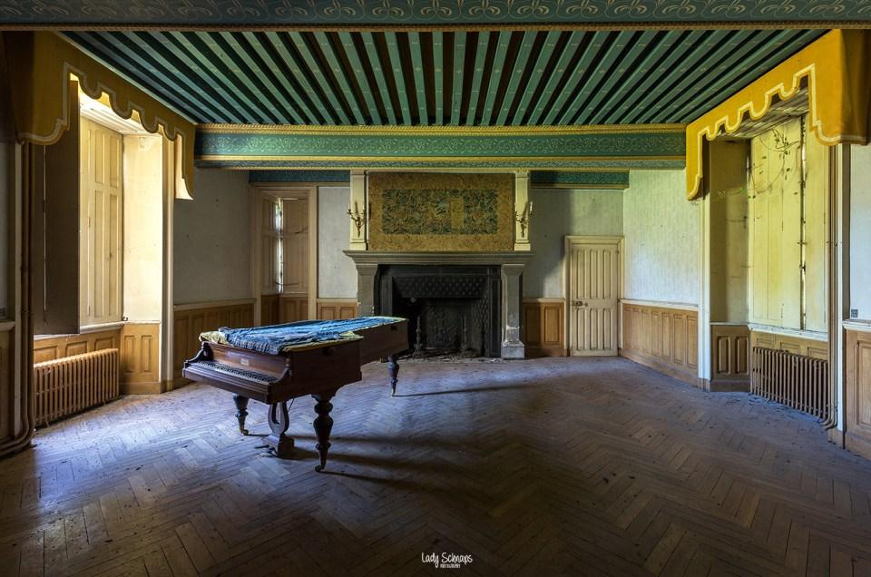 Chateau Limace (FR)