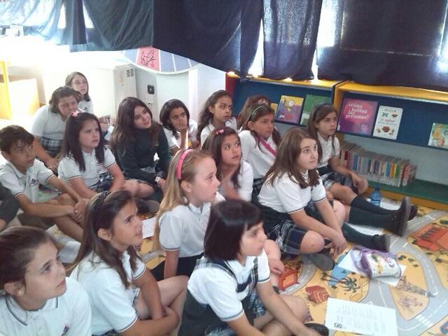 Los alumnos de 3 de Primaria en el último encuentro de la Bilioteca Municipal.
