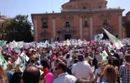 Cerca de 40.000 personas se concentran a favor de la libertad de educación