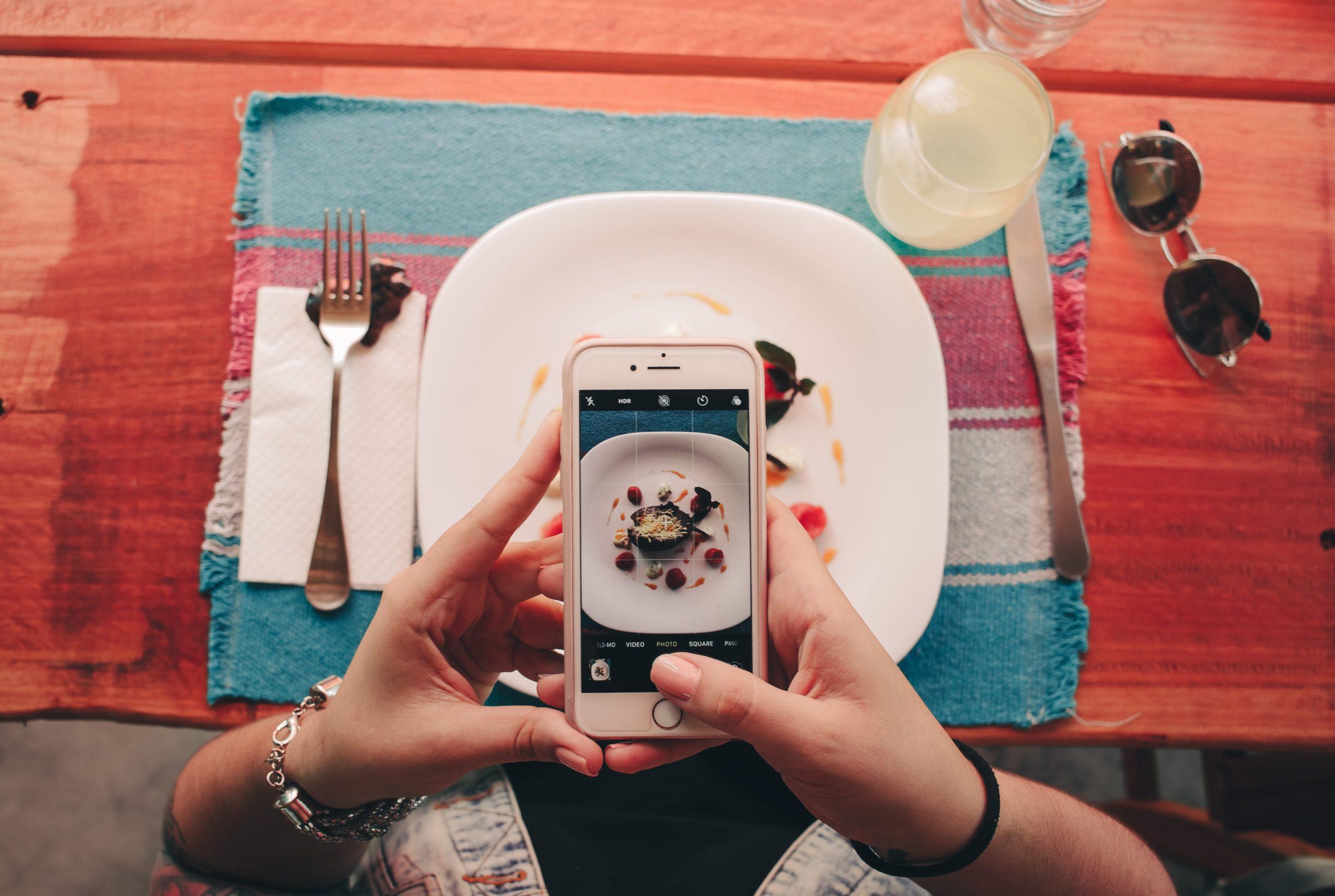 Top 6 Food Blogs For LA Foodie
