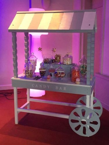 awesome candy bar mariage with fabriquer un bar. Black Bedroom Furniture Sets. Home Design Ideas