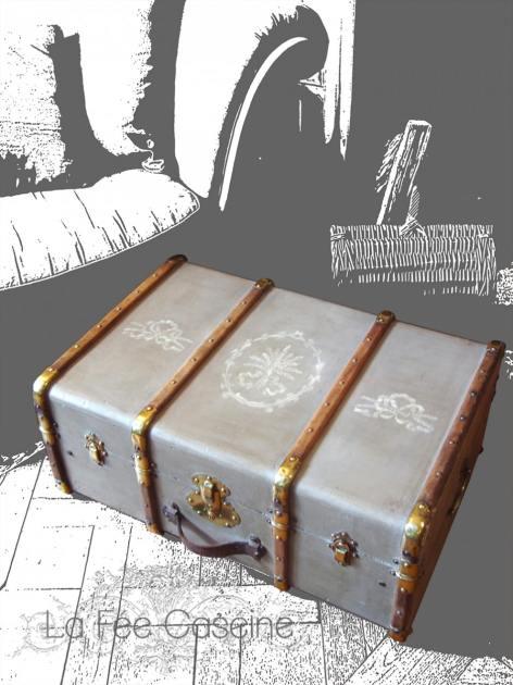 Malle cintrée peinte en French Linen avec motifs Old White - Création La Fée Caséine