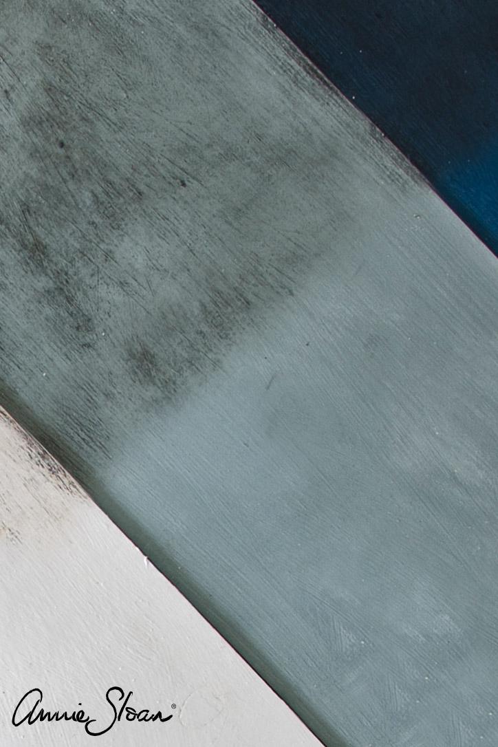 Les différentes finitions black et clear wax de cire wax sur des teintes de la gamme chalkpaint Annie Sloan