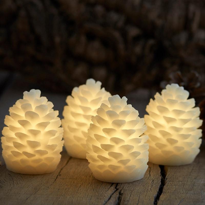 4 Pommes de pin lumineuse CLARA - 7.5 cm