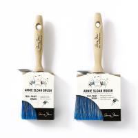 Grand et petit model de pinceaux pour appliquer la peinture décorative Wall paint d'Annie Sloan