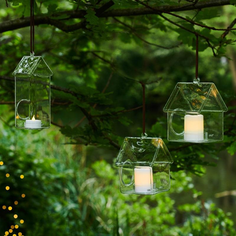 Maisons en verre suspendues Holger House composition La Fée Caséine