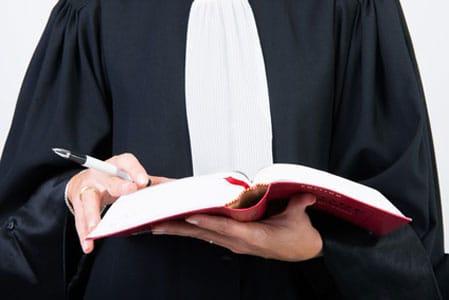 Devenir avocat : les étapes à suivre