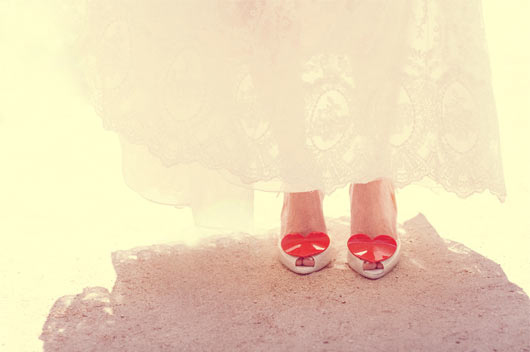 chaussures mariee rouges coeur melissa vivienne-westwood