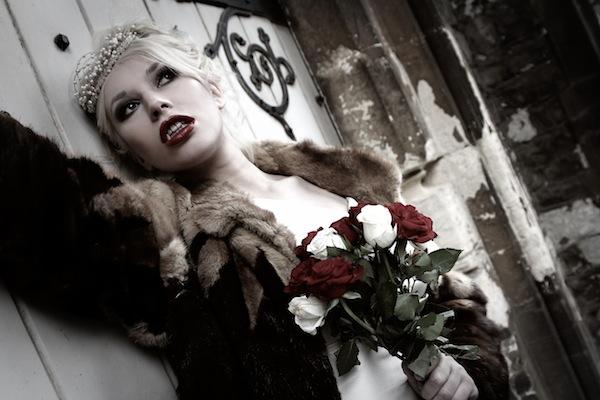 Halloween Wedding special Vampire brides - Lara Celenza - LaFianceeduPanda 2