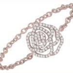 Bague-de-fiancailles-Vanessa-Tugenghaft-or-rose-diamants-blancs-modele-Rose-La-Fiancee-du-Panda-blog-Mariage-et-Lifestyle