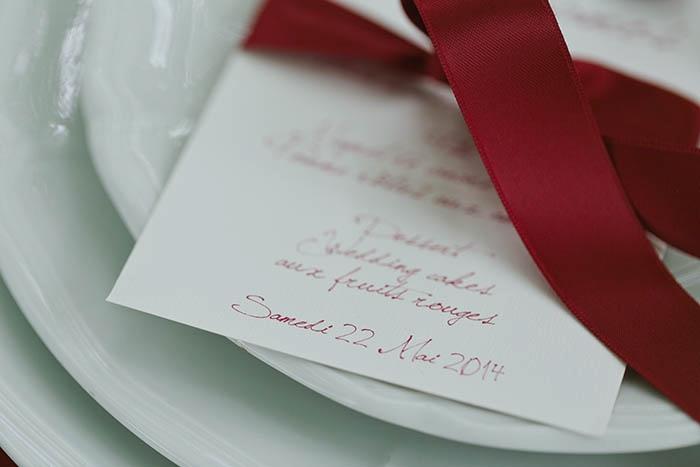 Château de Gilly les citeaux Shooting inspiration deco mariage rouge et blanc classique chic - Harmonia Events - Photo Maria Heinish photography -  - La Fiancee du Panda Blog mariage-30