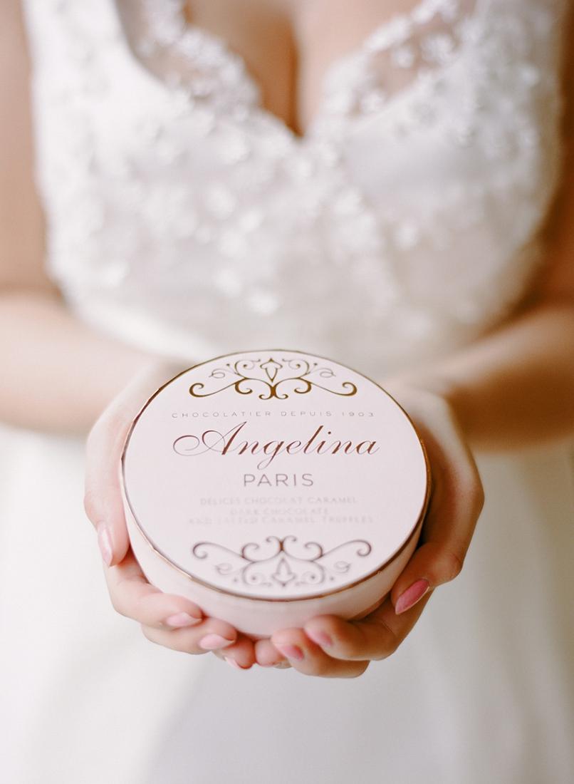 Parisian-glamour-wedding-bridal-session-Vanessa-et-Caroline-La-Fiancee-du-Panda-blog-Mariage-et-Lifestyle-49