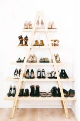 dressing shoes ladder