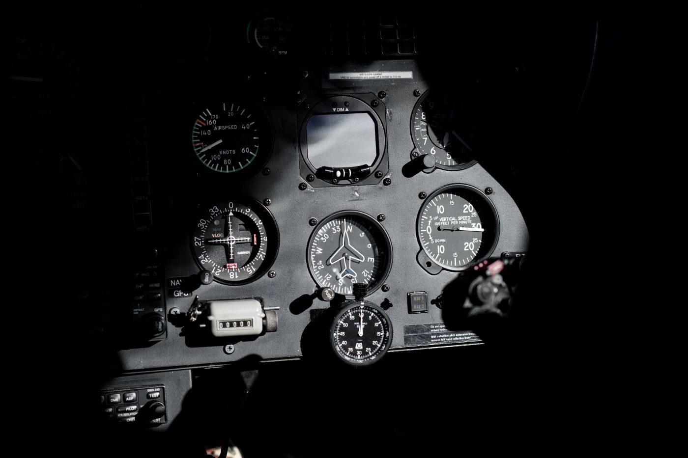 instrument-un-avion-pour-pilotage-entreprise